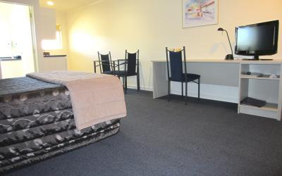 Harringtons Motor Lodge  | Palmerston North Motel | Call: Kevin & Mei-Ling on 06 3547259